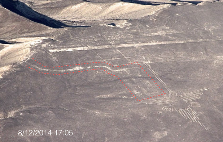 green_peace_nazca_lines_damage
